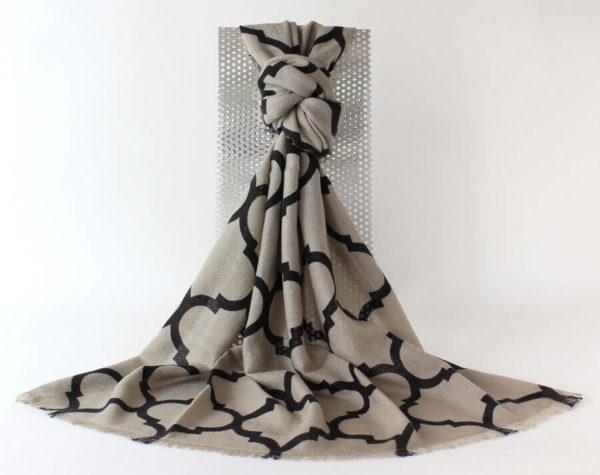 Kaschmirschal, Pashminaschal klassisch, reines Kaschmir, 100 % Kaschmir, beige, schwarz, geometrisches Muster,