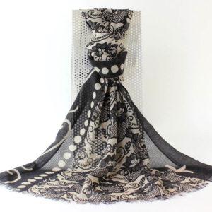 Pashminaschal klassisch, Jeder Schal einzeln von Hand gewebt und eingefärbt, kleine Unregelmäßigkeiten möglich. merh über die Produktion