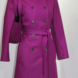 Wintermode, Wintermantel, Lodenmantel, große Farbauswahl, Trenchcoat, Shopper, reine Wolle, pink, cyclam, Tasche pink,